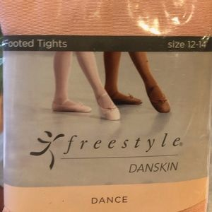 Brand New Danskin Freestyle Footed Tights